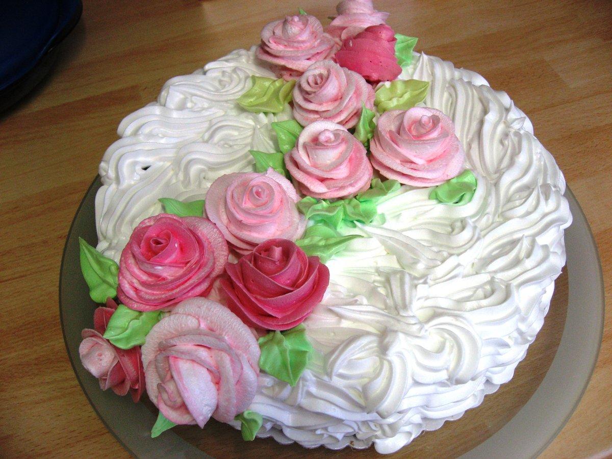 Торт белковый