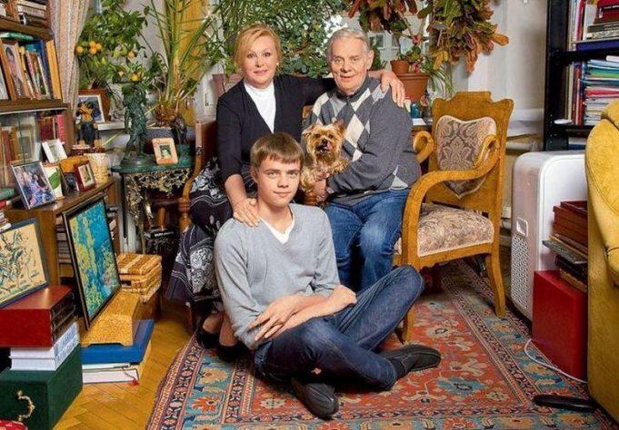 Владимир Андреев: биография, творчество, карьера, личная жизнь