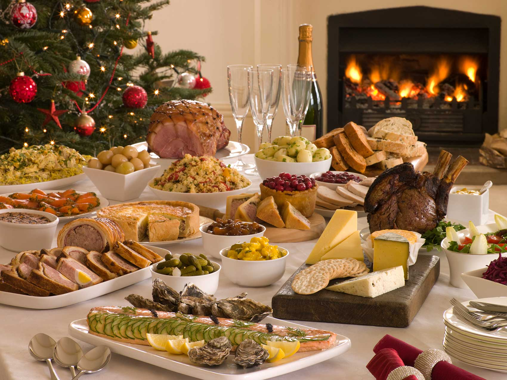 картинка праздничного ужина