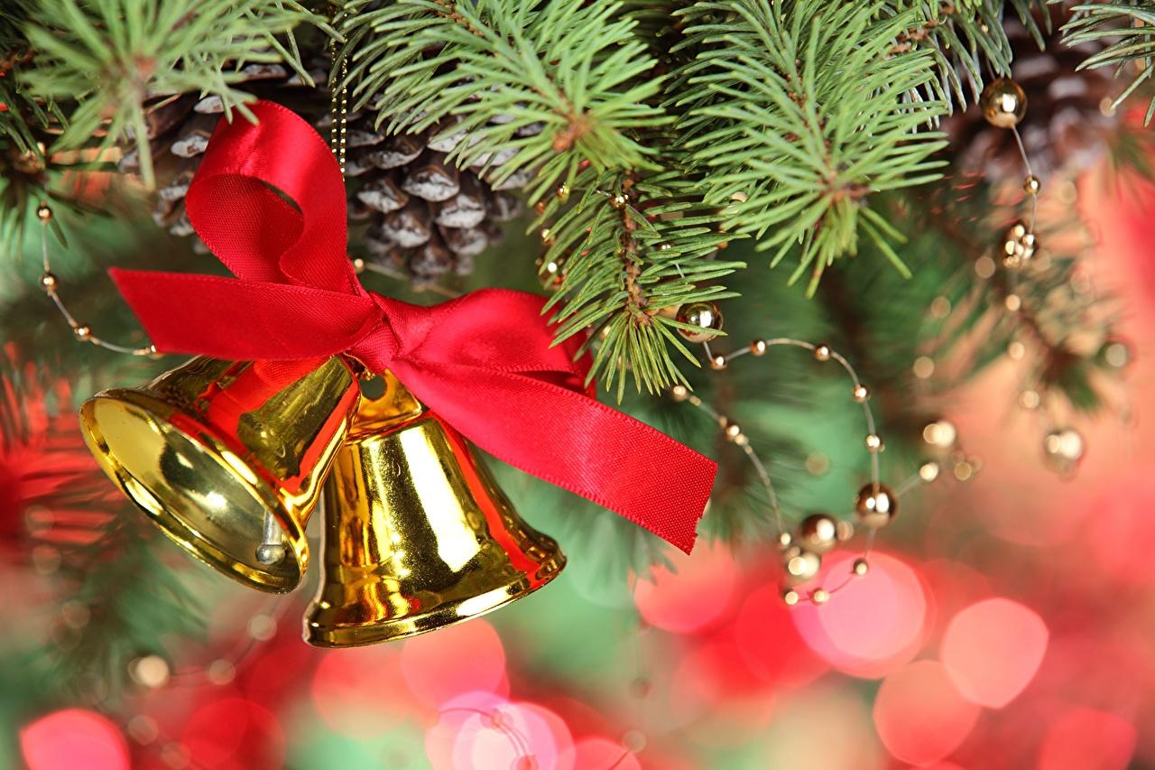 Бант на новогодней ёлке