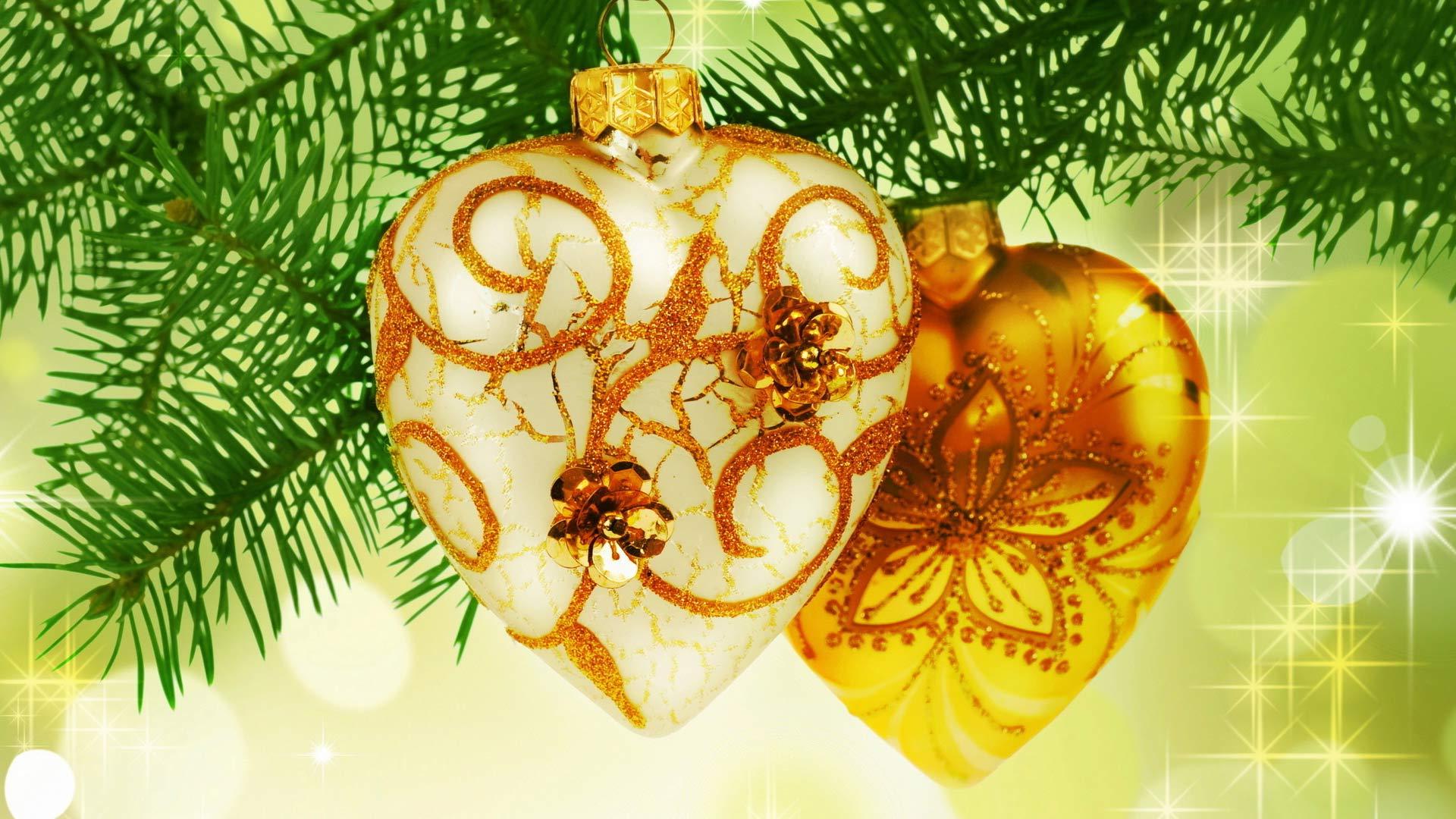 картинки сердечки на елке роза шипами