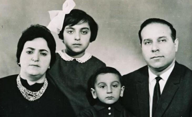 Ильхам Алиев с родителями и сестрой