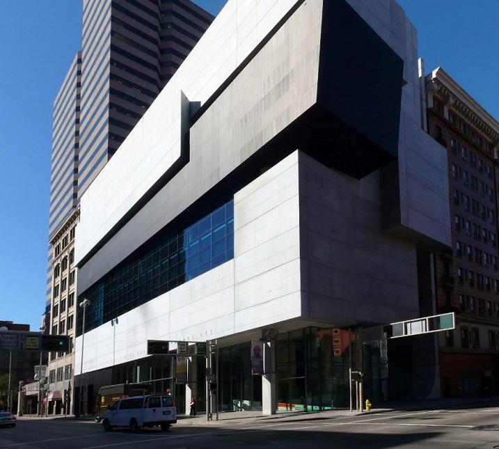 Центра современного искусства Розенталя в Цинциннати, США (открылся в 2003 году).