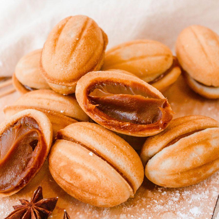 хрустящие орешки со сгущенкой рецепт с фото