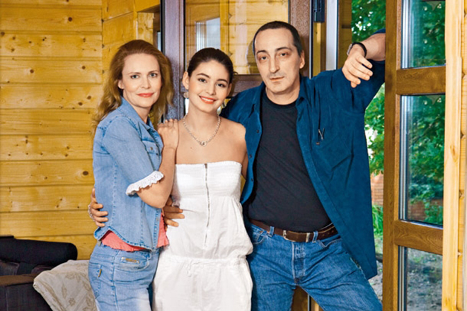 Мария Козакова с родителями