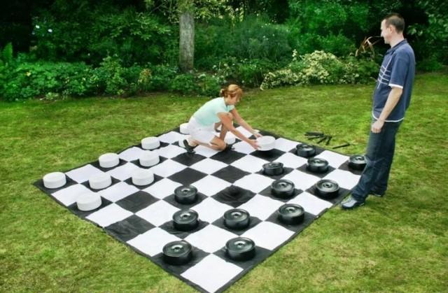 Шашки - популярная логическая игра