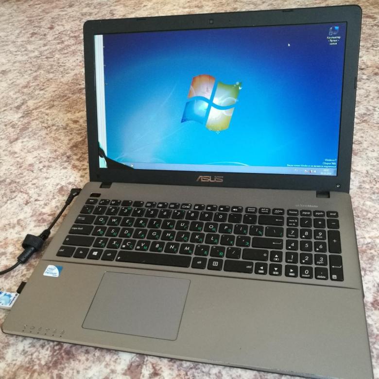 Внешний вид ноутбука  X550C ASUS очень привлекателен