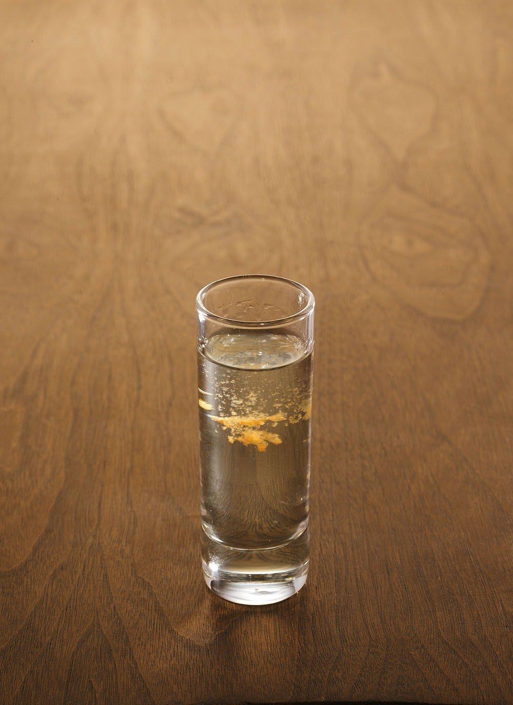 Мужской коктейль является настоящим брутальным напитком