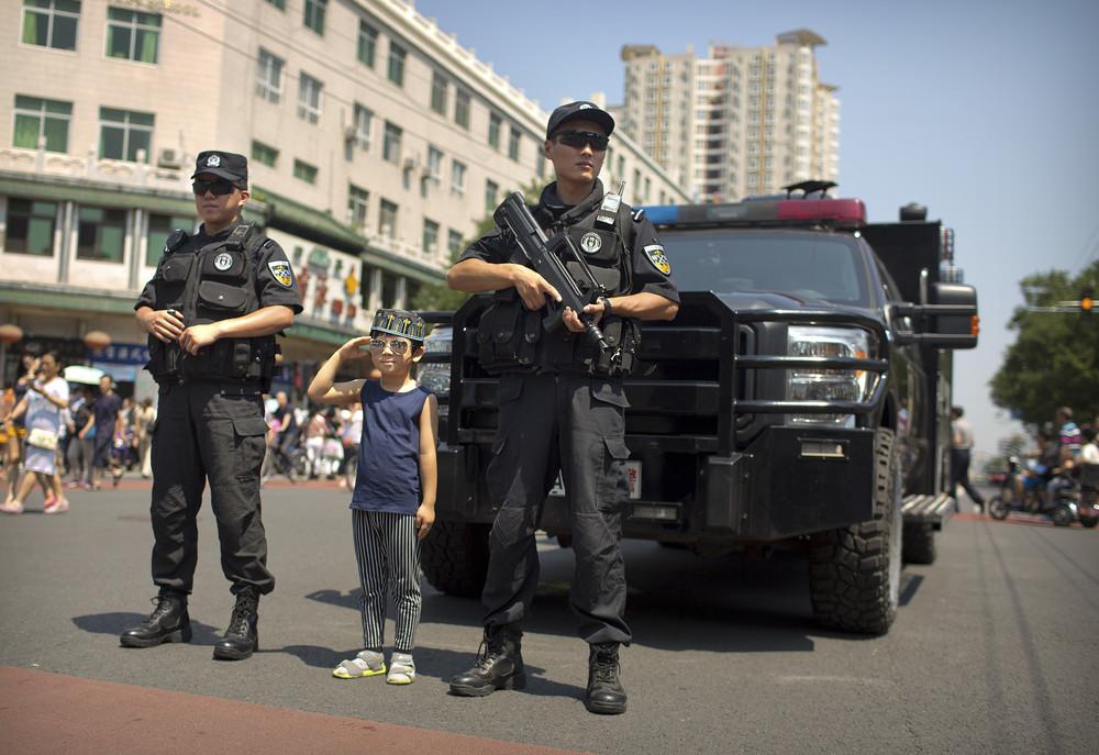 Полиция стоит на страже закона