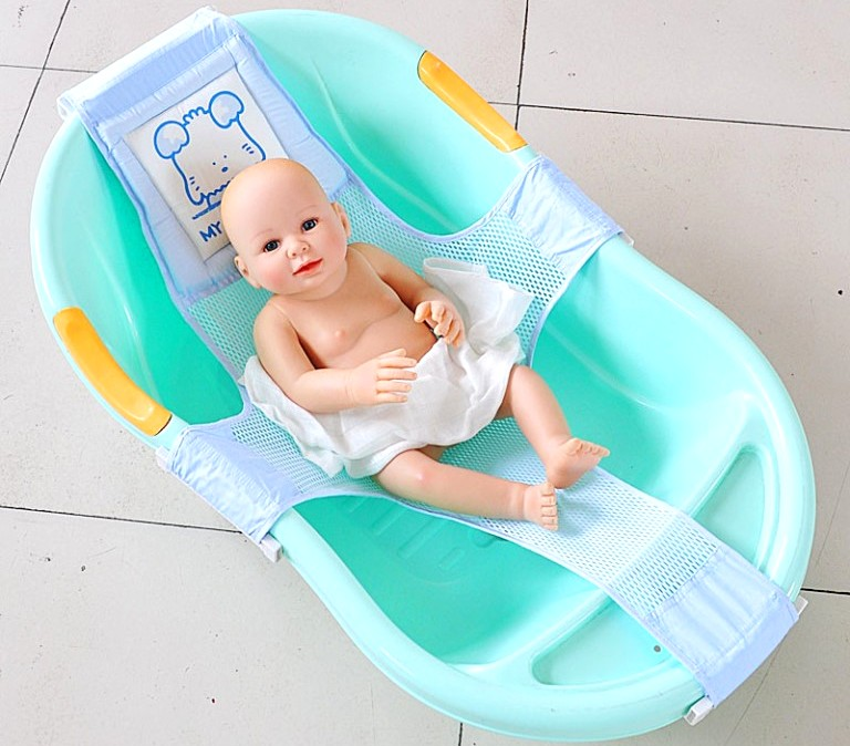 Гамак для купания новорожденных – как выбрать