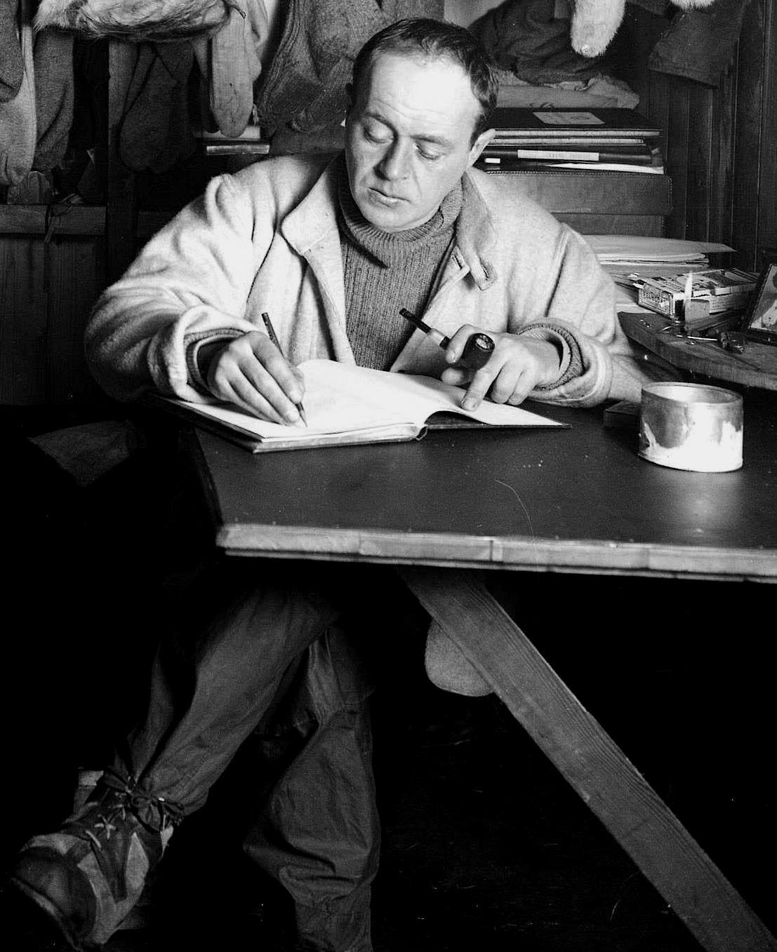 Роберт Скотт: биография, творчество, карьера, личная жизнь