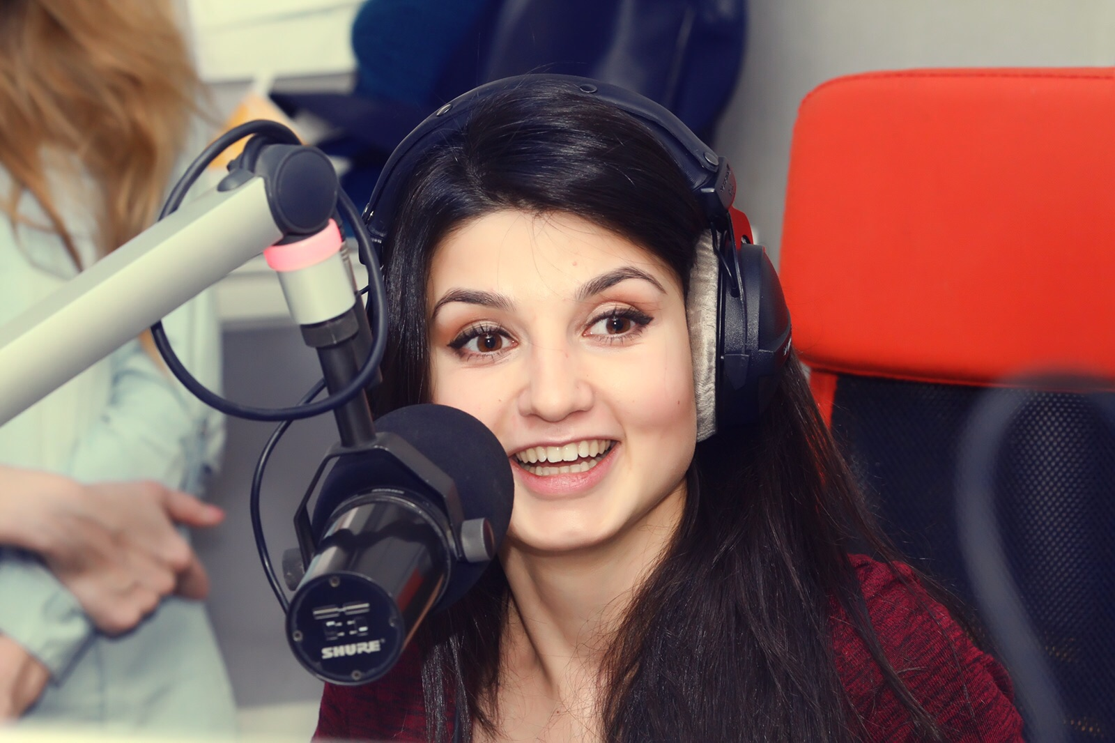 Вероника романова русское радио фото