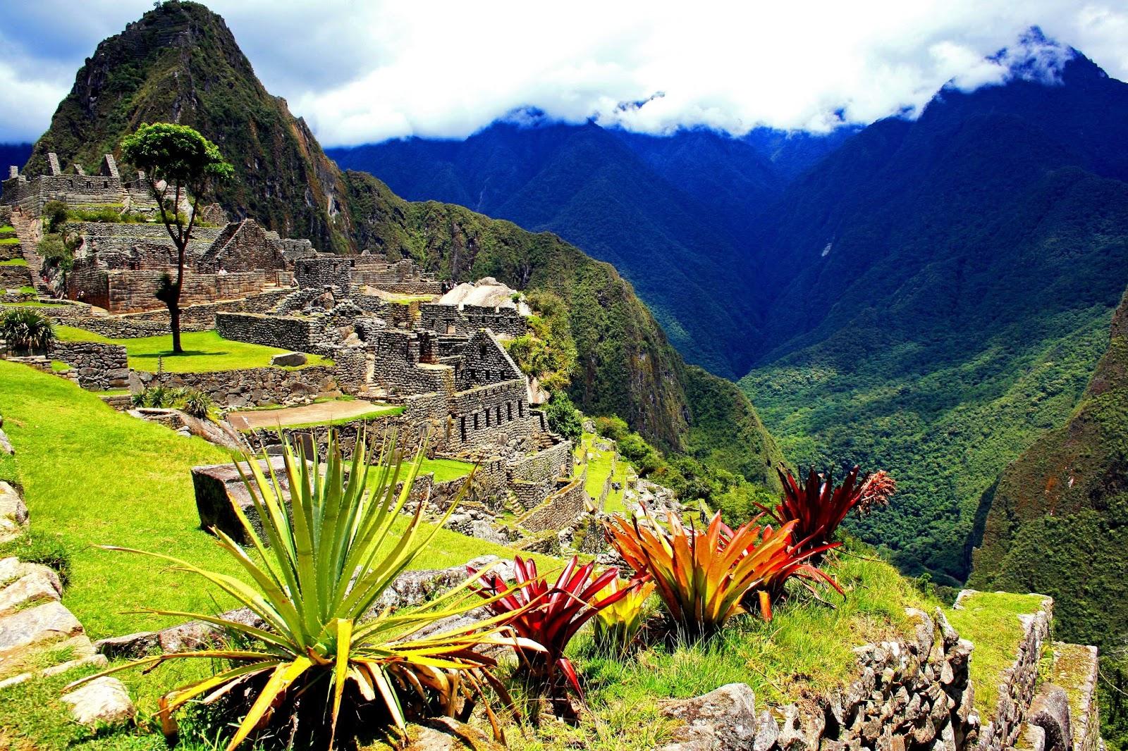 peruvian city inca empire -