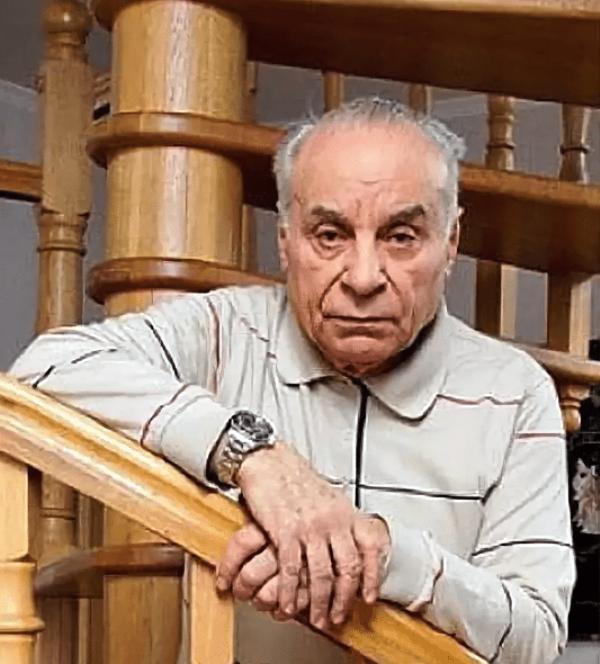 Вилли Хштоян