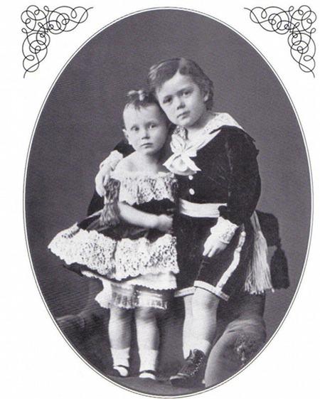 Старшие сыновья Александра III Николай и Георгий