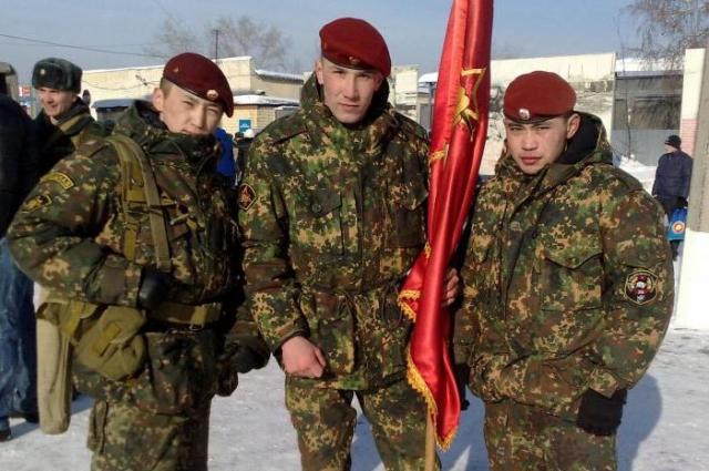 Евгений Эпов с товарищами
