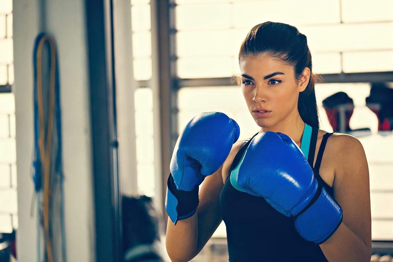 Девушки картинки боксирует
