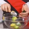 Новогодняя закуска «елочки» из авокадо