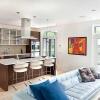 Как оформить интерьер кухни-гостиной
