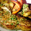 Жареное мясо с грибами и сыром