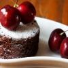 Шоколадный пирог с вишней и какао