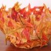 Осенние поделки: ваза из листьев