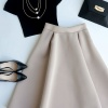 С чем носить блузку-бардотку, чтобы выглядеть стильно