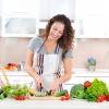 Как приготовить полезный салат из того, что есть в холодильнике