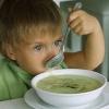 Как приготовить полезный овощной суп для детей