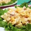 Как приготовить салат с курицей и сыром