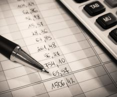 How to determine the average annual value of fixed assets