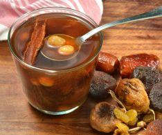 How to cook compote of dried fruits