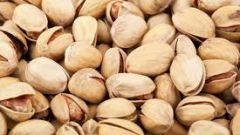 How to salt pistachios