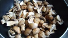How to fry mushrooms in sour cream