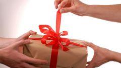 Как намекнуть мужчине о подарке
