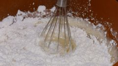 How to measure flour without scales