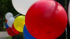 Как украсить дом шарами