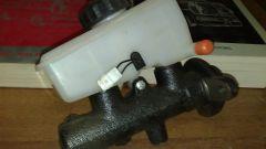 Как проверить главный тормозной цилиндр