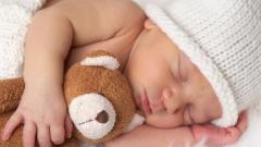 Как разбудить новорожденного