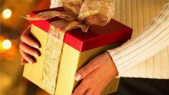 Как вручить подарок на день рождения