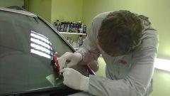 Как отремонтировать трещину на лобовом