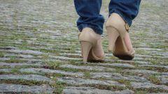 Как растянуть замшевые туфли