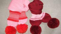 Как украсить вязаный шарф