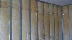 Как утеплить стену в угловой комнате