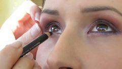 Как подобрать макияж к цвету глаз