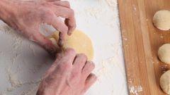 Как приготовить сдобные пирожки