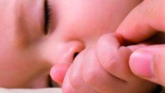 Как отучить ребенка спать с грудью