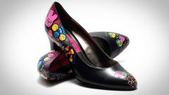 Как расписать модные туфли