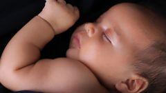 Как успокоить ребенка ночью