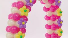 How to weave a garland of balloons